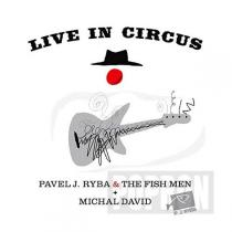 LIVE IN CIRCUS