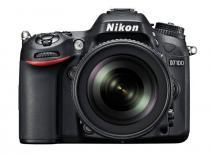 Nikon D7100 + 18-140 mm AF-S DX VR