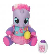 Hasbro My Little Pony Hasbro lechtivá a chichotající se Lily