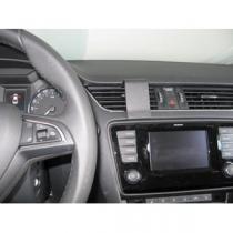 Brodit ProClip pro Škoda Octavia III 2013 a novější (střed)