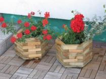 BB Zahradní dřevěný květináč 6-ti úhelný velký