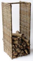 HITRA Ratanový stojan na dřevo