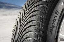 Michelin ALPIN 5 205/55 R17 95V