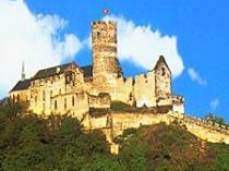 Vyhlídkový let nad hrady a zámky kolem Prahy