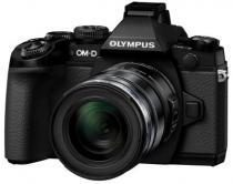 Olympus E-M1 + 12-40 mm + 17 mm