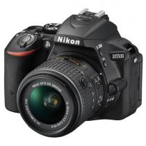 Nikon D5500 + 18-55 mm VR II + 55-300 mm VR