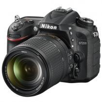 Nikon D7200 + 18-140 mm