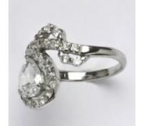 Čistín stříbrný prsten s čirými zirkony, 4,57 g