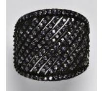 Čistín stříbrný prsten s fialovými zirkony, 9,71 g