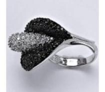 Čistín stříbrný prsten syntetický čirý a černý zirkon, 12,7 g