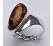 Čistín stříbrný prsten s přírodním jantarem 5,90 g