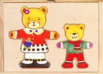 BINO Šatní skříň 88023 Medvědice s medvídkem - Dřevěná oblékací skládačka