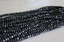 Broušené korálky černé 4x3mm 10ks