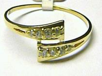 Pretis pevný prsten posetý zirkony 585/1,65gr P173