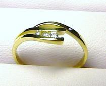 Zlatokov zlatý prstýnek ze žultého zlata se zirkony 1,75gr Z013