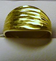 Pretis zlatý prsten ze žlutého zlata 585/1,6gr P071