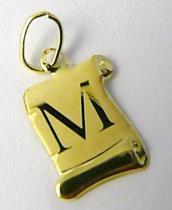 Marcello Diamant Zlatý přívěsek- písmenko v pergamenu s gravírováním 585/0,40gr T197