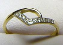 Soliter zlatý prsten posetý zirkony/1,25gr S055