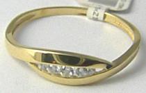 Pretis Zlatý prsten posetý 4ks zirkony 585/1,47gr P518