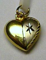 Pretis zlatý přívěsek ze žlutého zlata ve tvaru srdce
