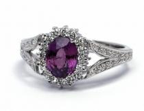 Optima Diamant zásnubní prsten s červenofialovým safírem 585/3,86gr J-20921-12