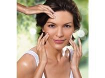 Medik8 Kosmetické ošetření s ultrazvukovou špachtlí 60 min