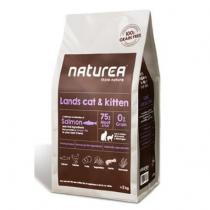 Naturea Lands Cat & Kitten 2 kg