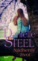 Danielle Steelová: Nádherný život