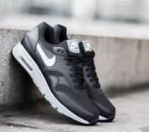Nike Air Max 1 Ultra Essentials Black/ White- Steal Th- Pure Platinum