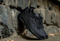 Nike Air Max 1 Ultra Plush Black/ Black-White