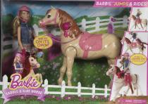 Mattel Barbie a triky s koněm
