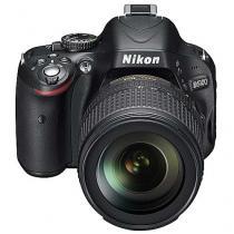 Nikon D5100 + 18-105 mm VR