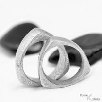 Kované nerezové snubní prsteny - Delta