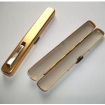 Pouzdro pro elektronické cigarety zlaté